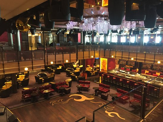 Anthem of the Seas: Music Hall