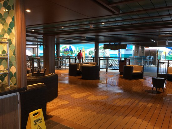Norwegian Escape: Margaritaville on the 17th deck.  Good place for morning cofee