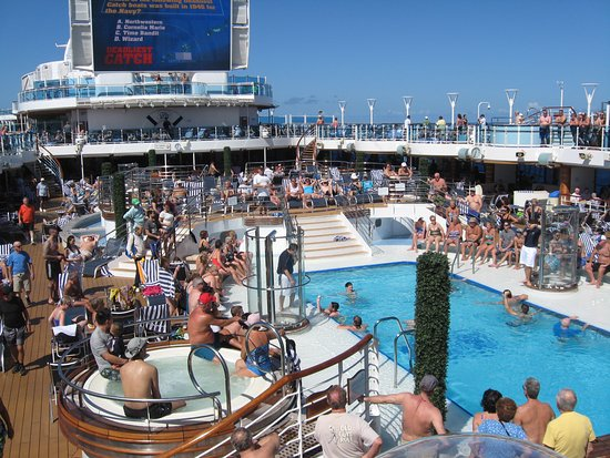 Regal Princess: Little too crowded this day for me and a hot tub.