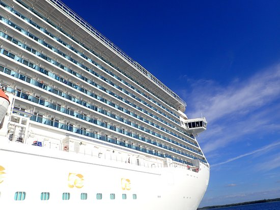 Regal Princess: Tender at Princess Cays