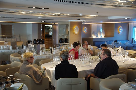 Le Soleal: Deck 2 Restaurant, wine tasting in progress!