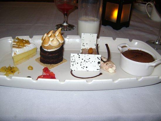 Regal Princess: dessert, Crown Grill