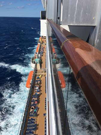 Carnival Breeze: View over edge from balcony