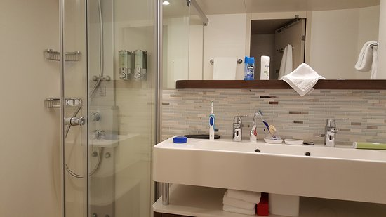 Norwegian Escape: Our bathroom in our stateroom.