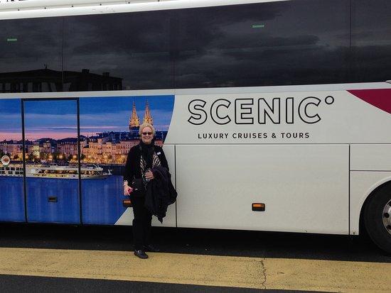 Scenic Diamond: Excursion bus