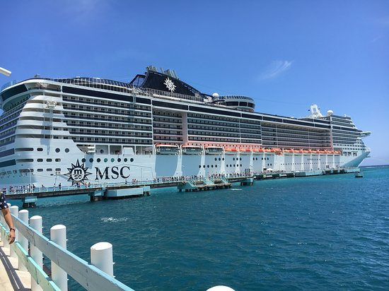 MSC Divina: Docked at Ochos rios