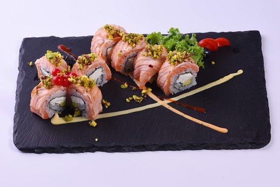 SAKURA Japanese Restaurant: Pistacchio Maki