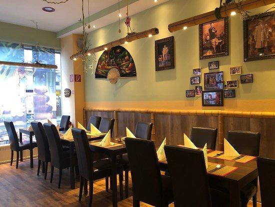 Bai Bua Original Thailandische Kuche: Very good location, heart of Wiesbaden city, food are fantastic plus its original Thai taste, felt like having original Thai food in Thailand.