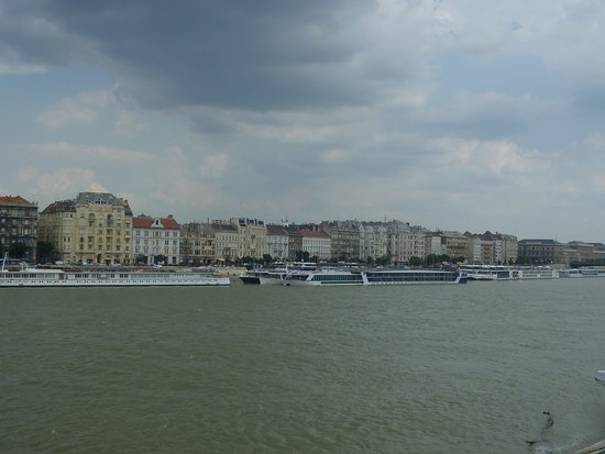 Viking Aegir: Ship parked in Budapest