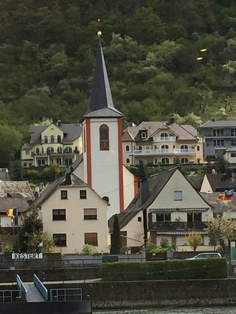 Viking Lofn: On Rhine between Braubach and Rudesheim