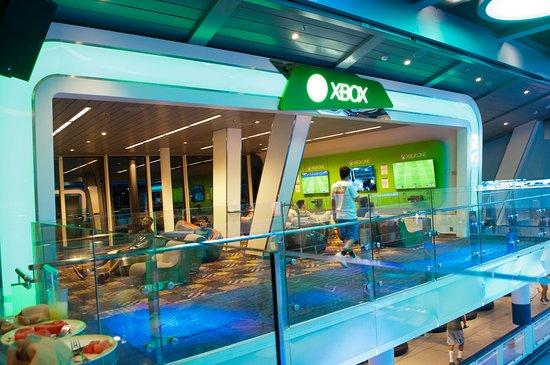 Anthem of the Seas: xBox lounge above SeaPlex