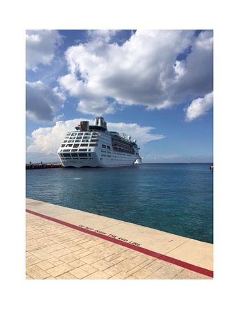 Empress of the Seas, Cozumel port...