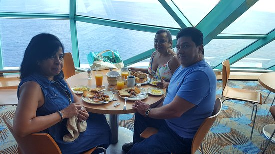 Empress of the Seas: Having a delicious breakfast...