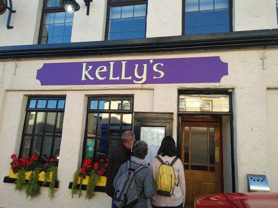 Kelly's  Bar & restaurant