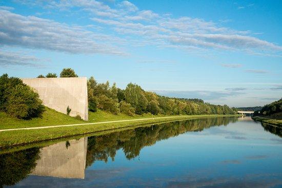 Viking Ingvi: European continental divide
