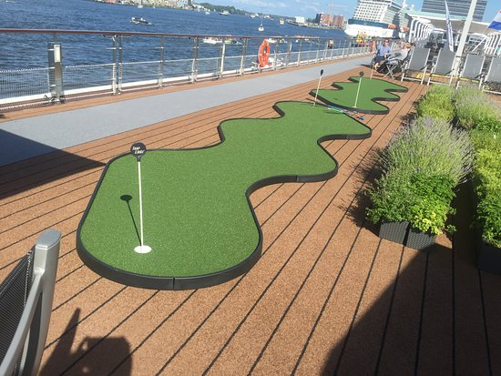 Viking Alruna: The mini-golf, herb garden, and walking path on the roof of the Alruna