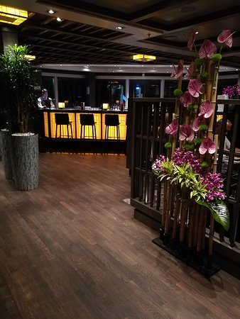 Koningsdam: The Tamarind speciality Pan Asian restaurant...divine dining :)