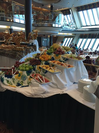 Empress of the Seas: Fruit on sea day brunch