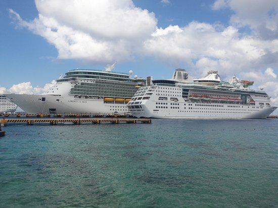 Empress of the seas is the small one..