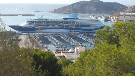 Marella Discovery: The ship