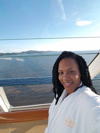 Norwegian Getaway: Pulling into Roatan Honduras early am. Coffee on the haven sun deck