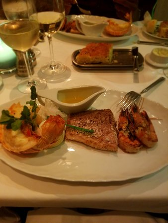 Norwegian Getaway: The food in Ocean Blue was amazing (except the bland lobster). One of my favorite specialty venues