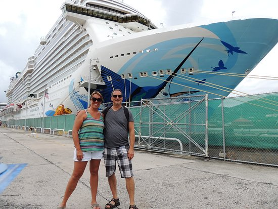 Norwegian Escape: St. Thomas Port, just off NCL Escape.