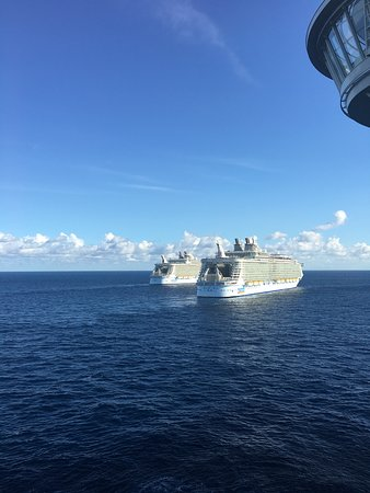 Harmony of the Seas: Meeting sister ships Allure & Oasis
