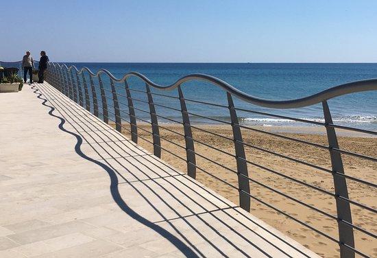 Shurhuq | Ospitalita Siciliana: the nearby beach