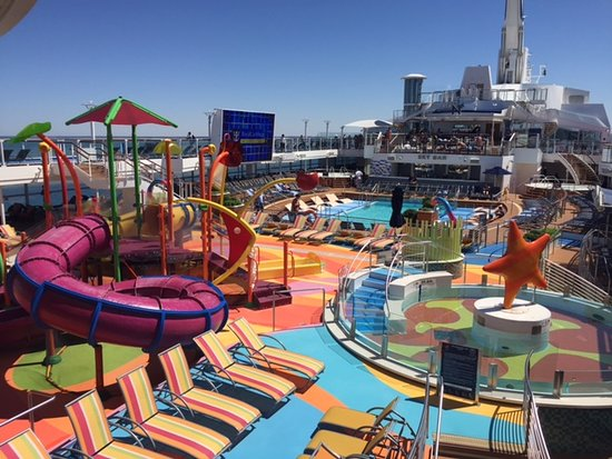 Ovation of the Seas: Pool deck with Kids water park.
