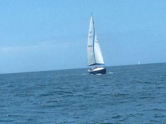 Ovation of the Seas: Sailing away