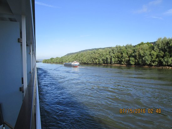 Viking Rolf: Beautiful day on the Seine River!