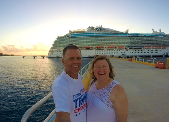 Regal Princess: Sunset on the pier in Cozumel