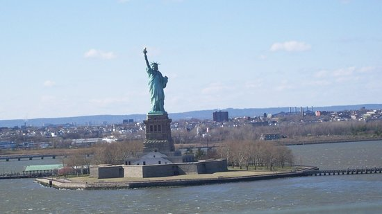 Norwegian Breakaway: Lady Liberty