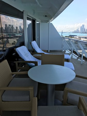 Norwegian Escape: Balcony from the other side.