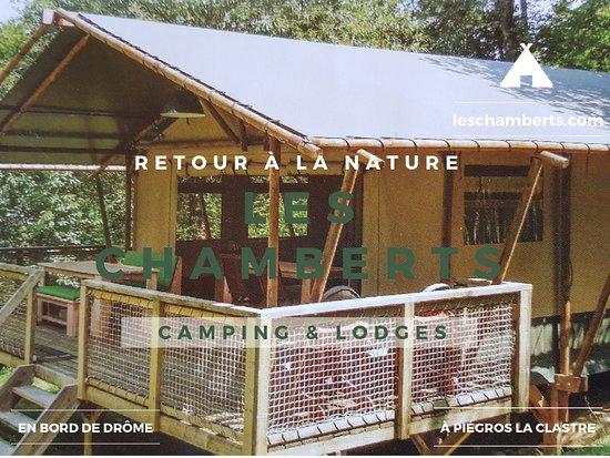 Tente lodge safari au camping les chamberts, en bord de drôme.