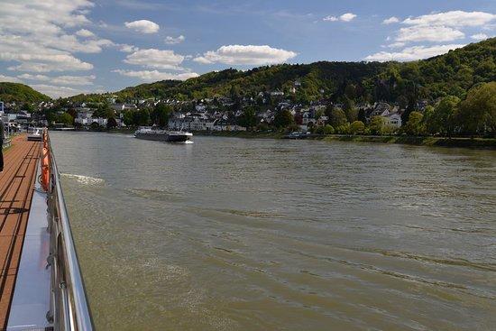Emerald Sky: Sailing along the Rhine Gorge