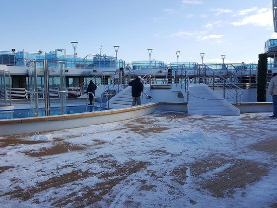 Regal Princess: Morning snow in port of Nynasham, near Stockholm