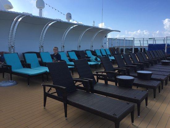 Norwegian Breakaway: Haven Upper Deck
