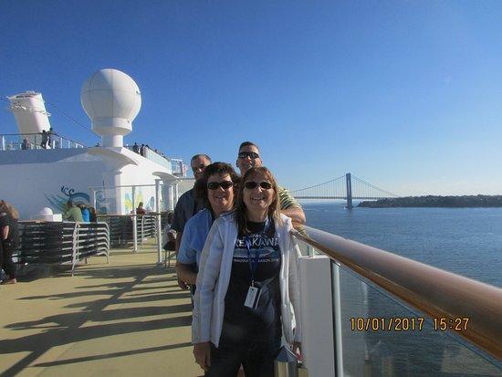 Norwegian Breakaway: sailaway with my best cruise buddies