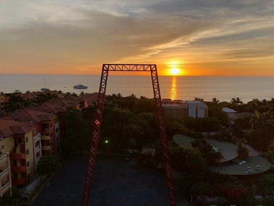 West Bay, Honduras: Hermosa vista desde donde inicia el salto.