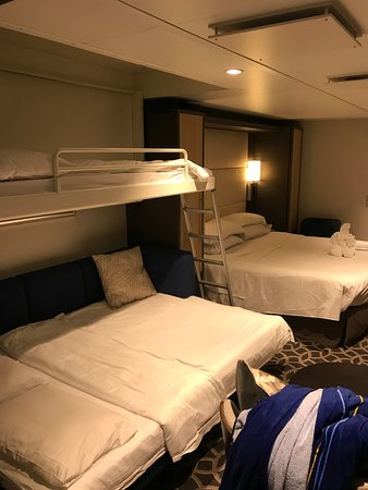 Anthem of the Seas: Family Jr Suite