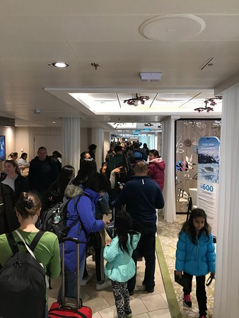 Anthem of the Seas: More Lines