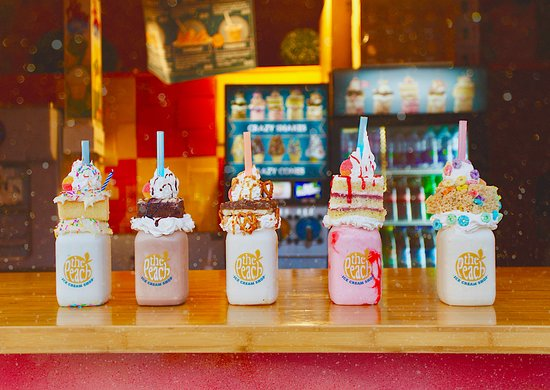 Penticton, Canada : My outrageous and delicious Crazy Shakes... MMMMM!