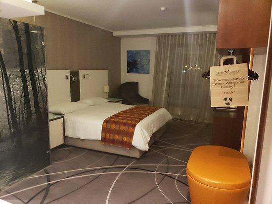 Hotel Verde Cape Town Airport: queen size room
