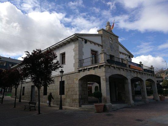 Galapagar, España: Fachada.