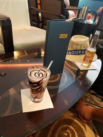 Norwegian Breakaway: Mudslide for me, and a beer for my husband..