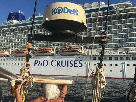 Britannia: Sailing back from Skooner boat trip