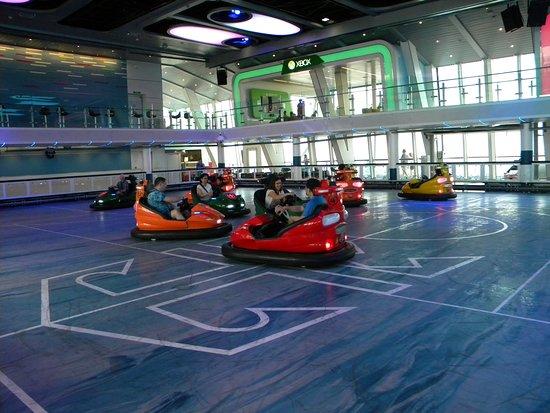 Anthem of the Seas: Seaplex - Bumper Cars