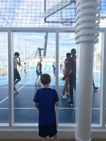 Harmony of the Seas: My 9 year old looking for open basketball opportunity. He just doesn't re